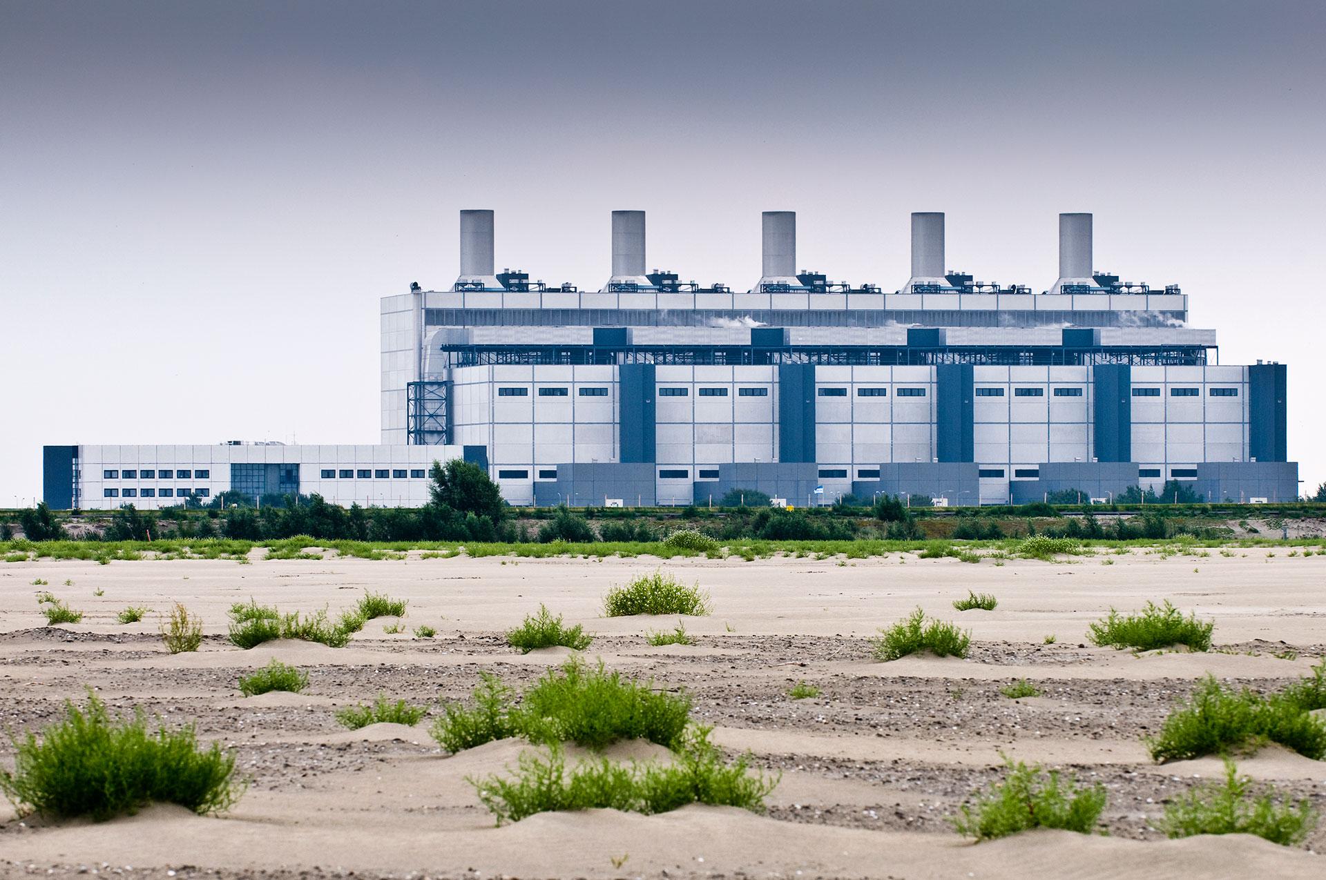 Das Kohlekraftwerk des Betreiberkonzerns RWE steht an der Emsmündung zur Nordsee
