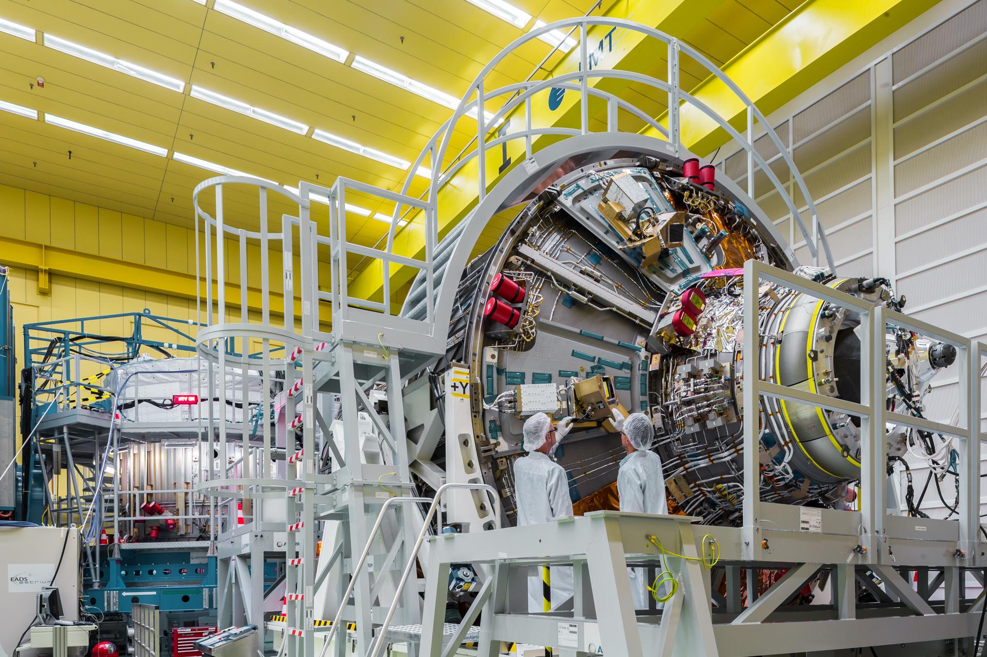 EADS Astrium in Bremen stellt für das Ariane Projekt das Raumfahrtmodul ATV 5 (Automated Transfer Vehicle) her.