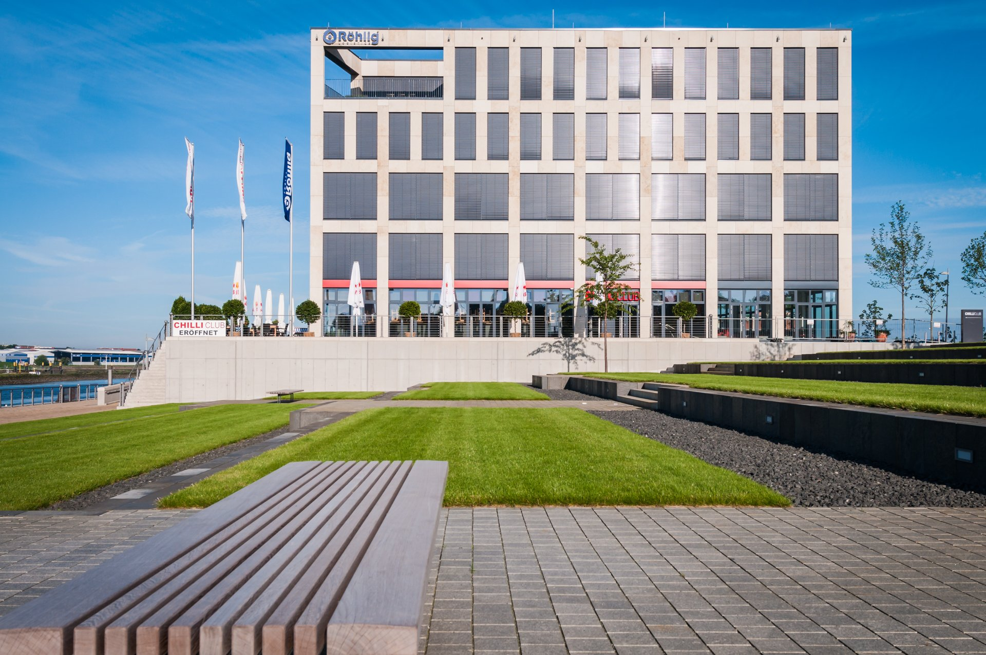 The Roehlig Logistics GmbH & Co. KG building is located directly on the River Weser in Bremen's Überseestadt