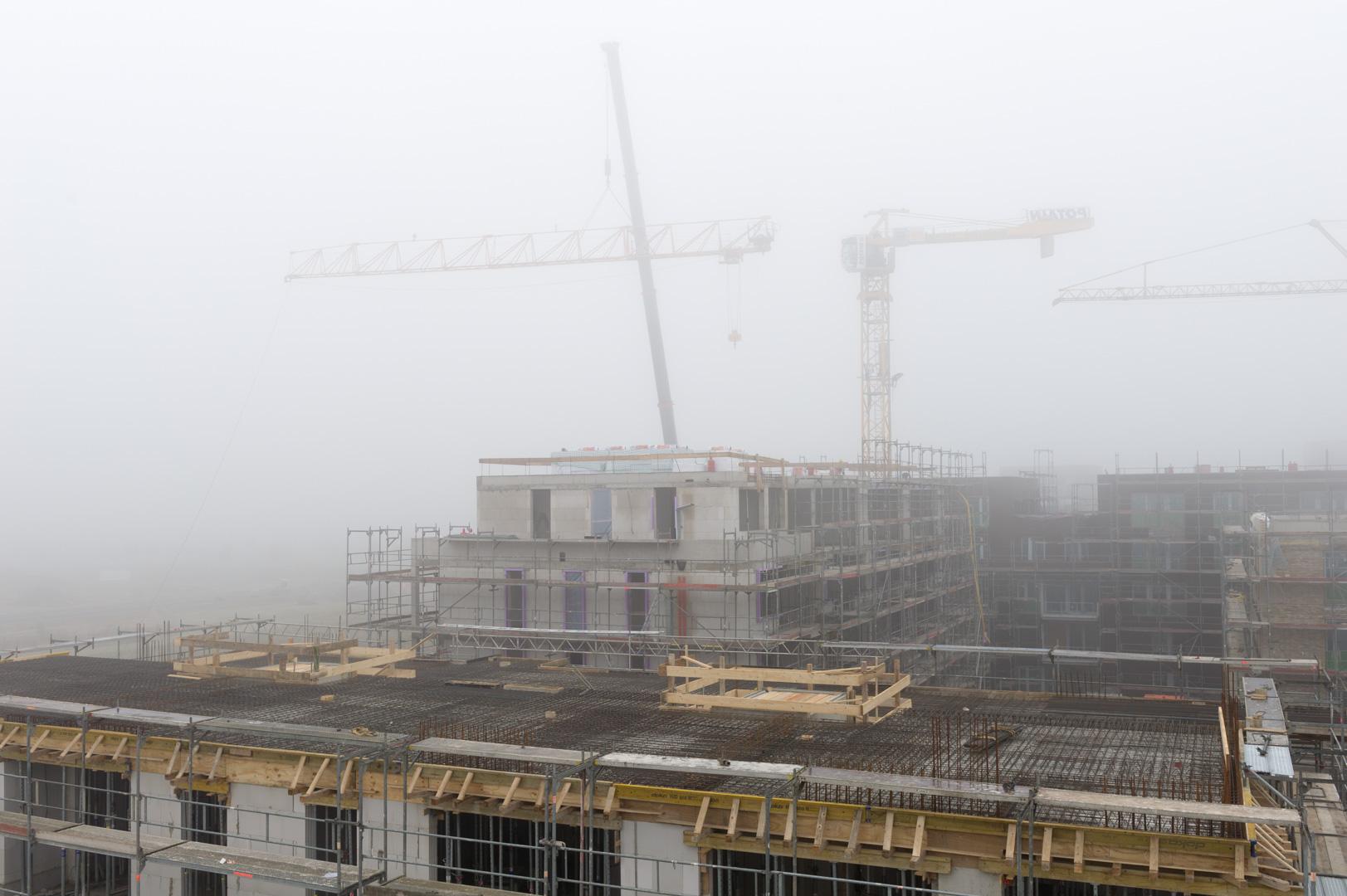 Construction site Bremen Magellan district in the fog