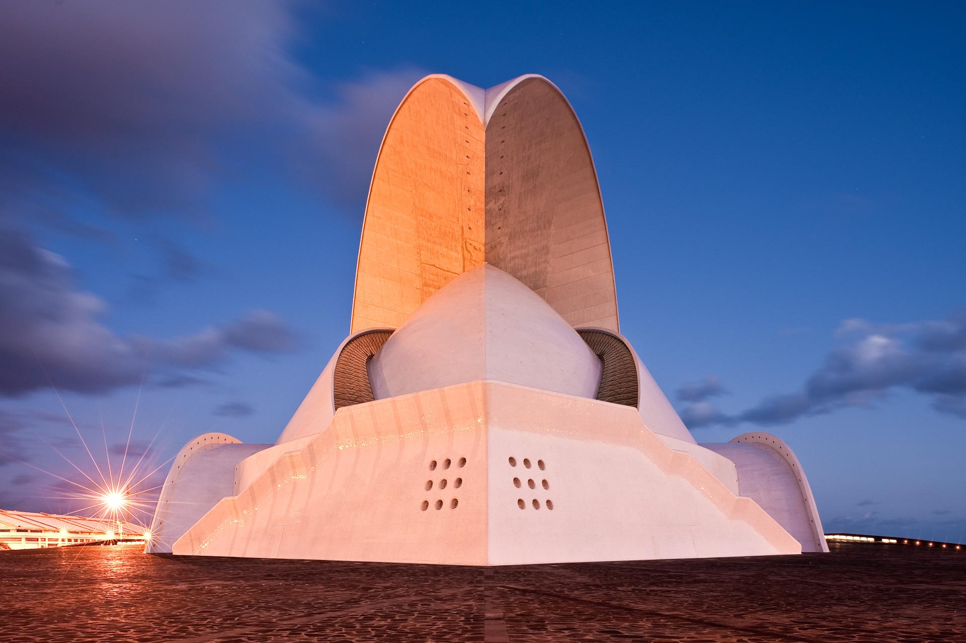Spanien Kanarische Insel Architektur Teneriffa Hauptstadt Santa Cruz Auditorio Musikhalle Konzertgebäude Veranstaltungsgebäude Konzerthalle Spanien Kanarische Insel Architektur