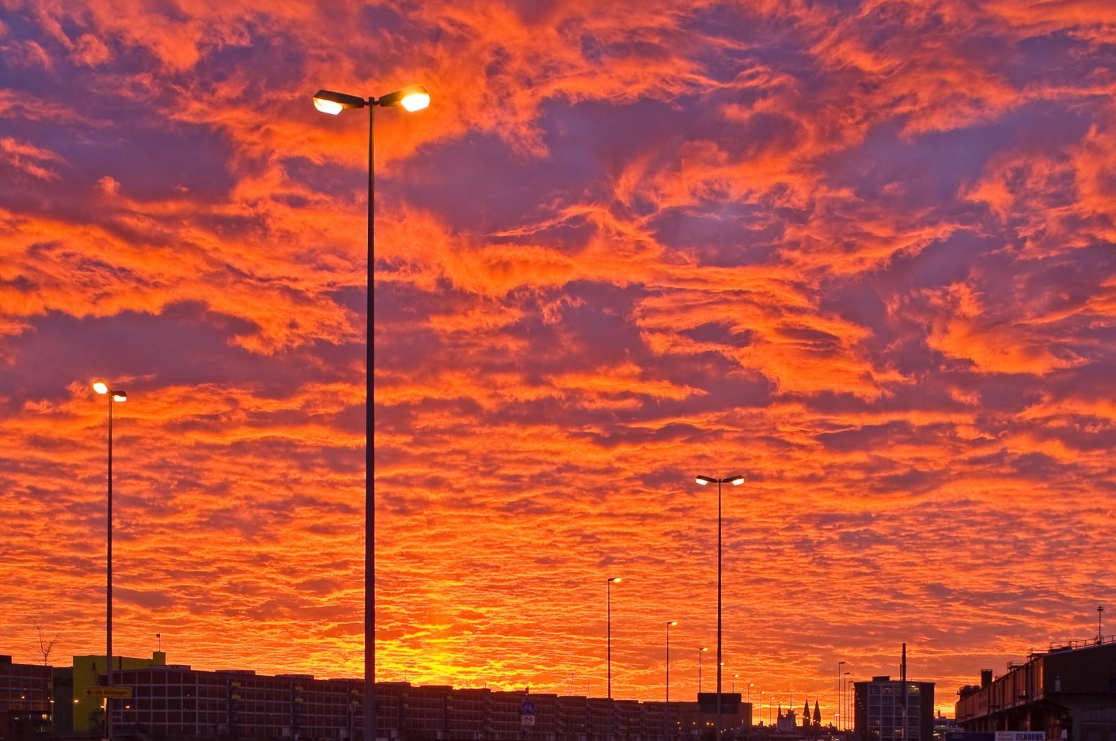 Bremen Überseestadt Morgenhimmel